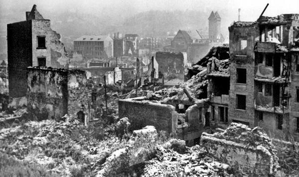 Pforzheim 1945 - 17.000 Tote in 22 Minuten (2/3)